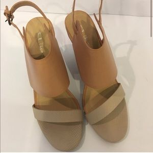 Chinese laundry heels new with no box